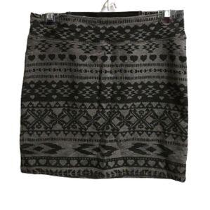 Garage aztek pull on skirt